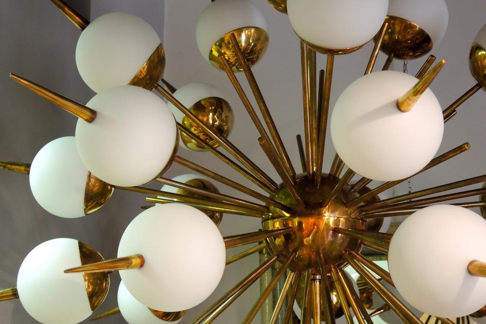 Illuminazione in stile modernariato: lampade deco di design galuchat